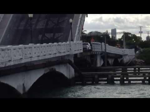 Venetian Causeway drawbridge troubles