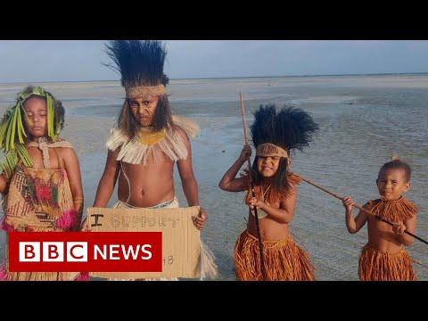 Australian Islanders in landmark climate fight - BBC News