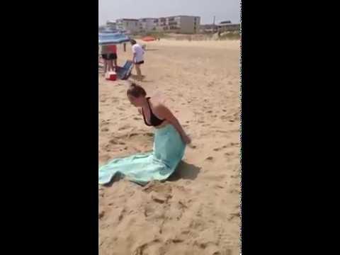 Hot Girl on the Beach Jump in Ja Ocean