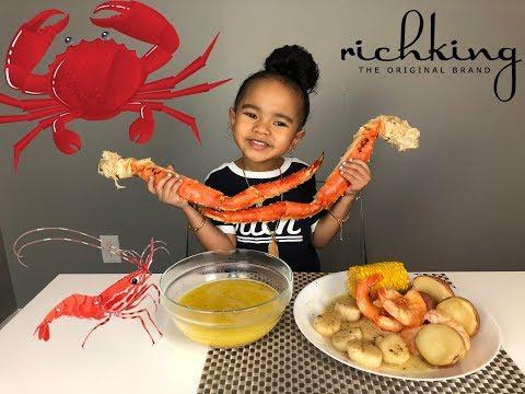 SEAFOOD BOIL MUKBANG - King Crab Legs, Shrimp, Scallops