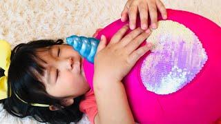 不思議なたまごをあたためると??おせわごっこ Haru Pretend Play with Surprise Egg Toys
