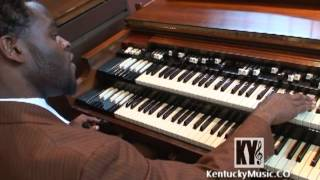 Chris Johnson On Hammond B3 Organ - Gospel Music