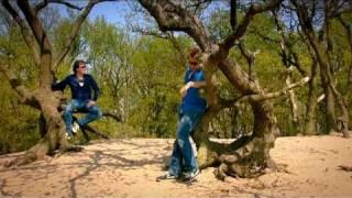 Helemaal Hollands - Ga Met Me Mee (Officiële Video)