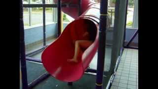 Teenagers in McDonalds playscape FAIL thumbnail