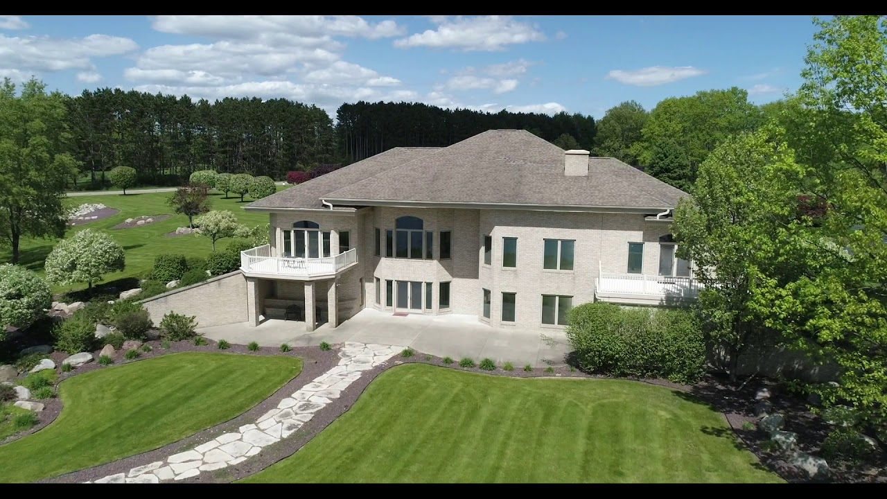 Luxury Real Estate: Lake Isabella, Michigan