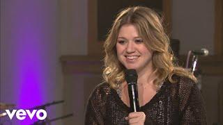 Kelly Clarkson - Interview (Walmart Soundcheck 2009) YouTube Videos