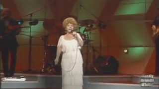 Brenda Lee Rockin Around The Christmas Tree Live