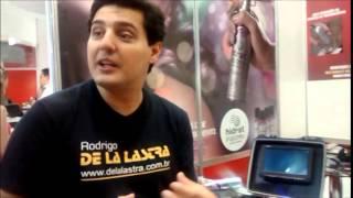 Rodrigo De La Lastra e Maleta de Analise Capilar Formato Cosmética