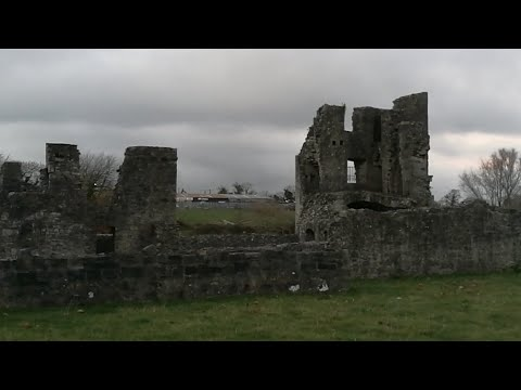 -- On Location Old Priory 13th Century Trim Ireland--!!