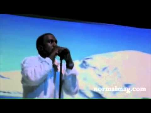 Kanye Announces Kim Kardashian is pregnant on stage
