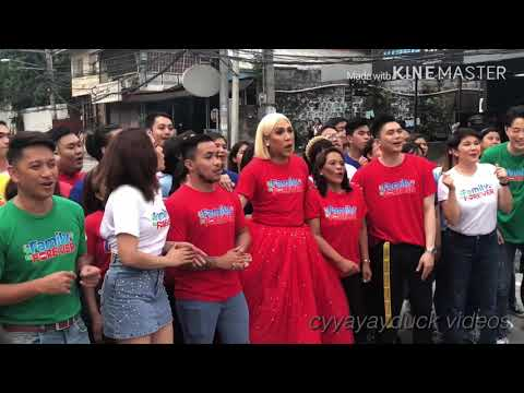Vice Ganda and Showtime Family behind the scene of ABS-CBN 2019 Christmas Station ID #FamilyIsLove
