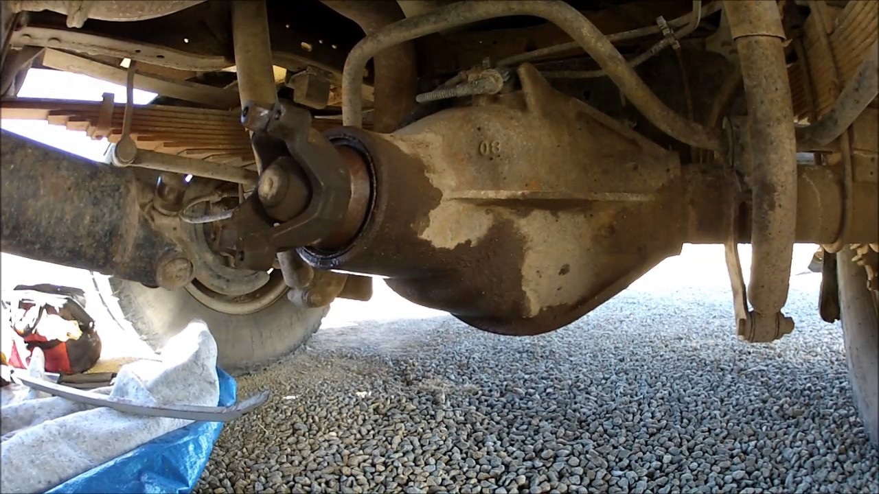 "Drive Shaft Removal , Dana 80 11"" spicer ring gear, pinion seal replacement  YouTube"