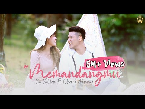 Смотреть клип Via Vallen Ft. Chevra - Memandangmu
