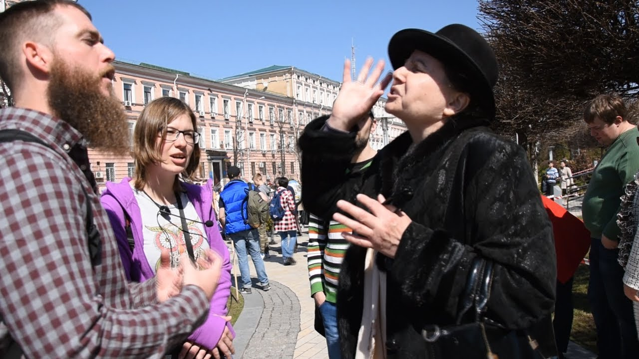 Confronted by a Ukranian Orthodox Religious Woman While Preaching in Kiev, Ukraine