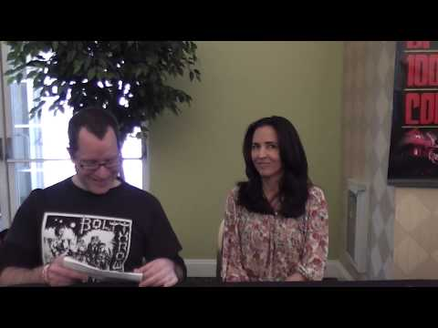 Jennifer Jostyn 2013  AMERICAN HORROR STORY  Monster Mania Convention METAL RULES! TV