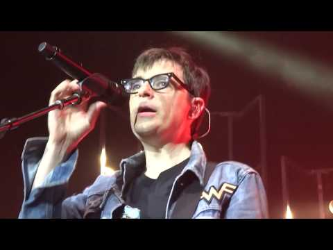 Weezer - Africa (Toto Cover) Live in The Woodlands / Houston, Texas