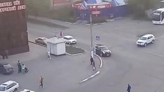 """Дорожные знаки ТЦ """"Пирамида"""""""