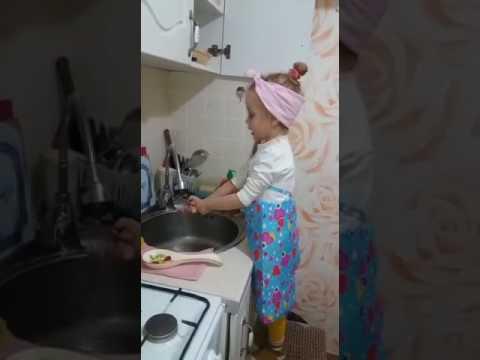 смешное видео от деса Смертельная битва за орехи (Мортал комбат)