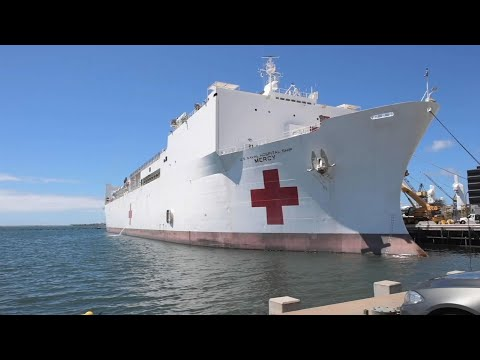 Navy ship heads to Los Angeles to aid hospitals