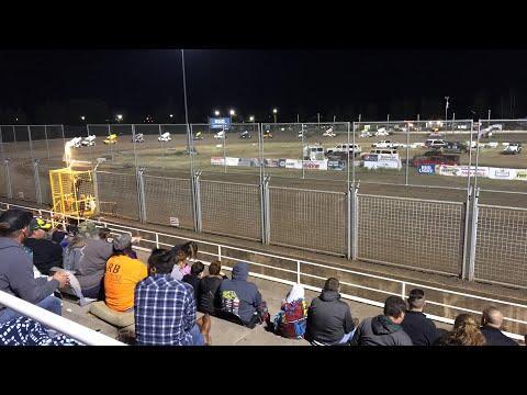 Southern Oregon Speedway Sprint Car A Main (Part 3)