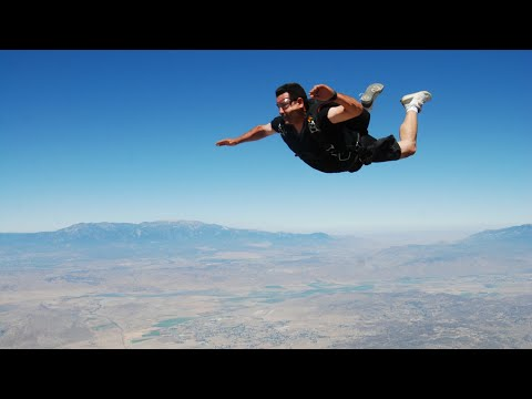 Solo Jump: Skydive Vlog # 389