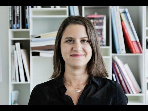 Découvrez Agence France-Presse avec Caroline, Chargée de Communication