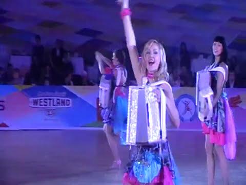 Marusya Маруся раз два три Brides group sexy girls play instrumental music группа Невесты
