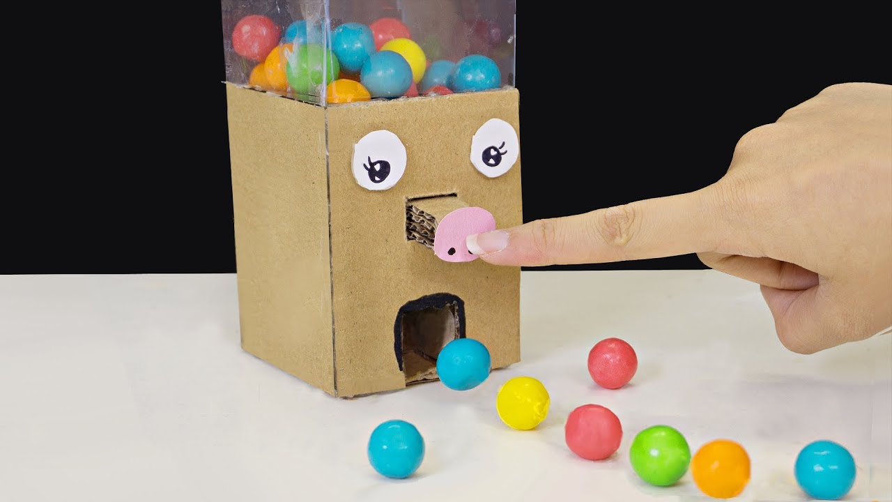 How To Make Candy Machine Cardboard Candy Dispenser Diy Projects