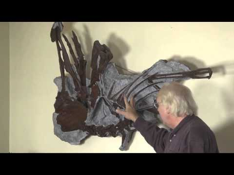 Dinosaur Fossils-Struthiomimus-Hell Creek.mp4