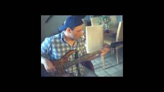 Repeat youtube video Curiosity Killed The Cat - Ordinary Day - Bass Cover - Peavey Millenium.wmv