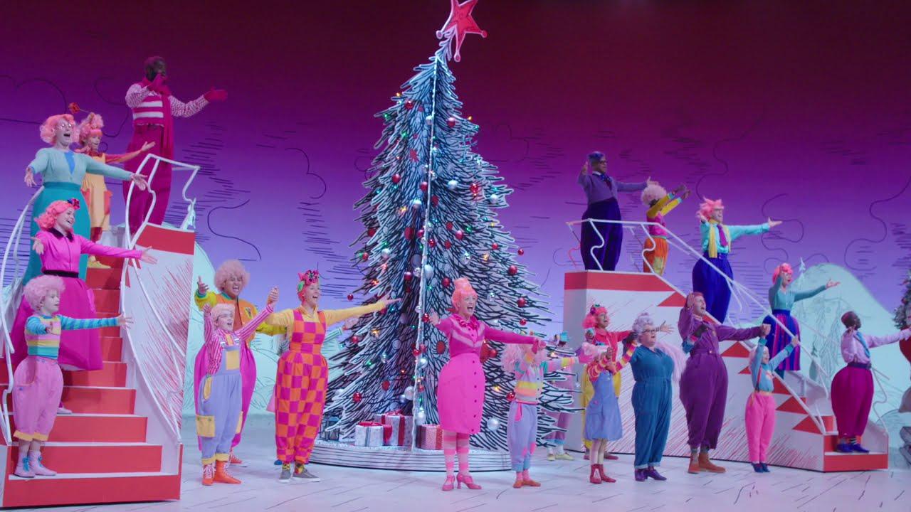 Dr. Seuss' The Grinch Musical – Rehearsal & B-Roll