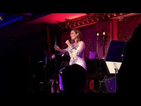 "Laura Michelle Kelly ""I am an Icon"" at 54 Below 11.7.17"
