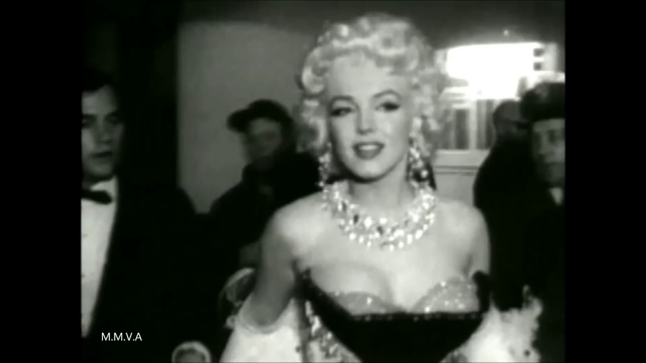 Rare Footage Of Marilyn Monroe Riding An Elephant At Madison Square ...
