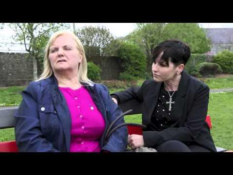 Dolores O'Riordan and her Mother Eileen O'Riordan (Subtitulada)