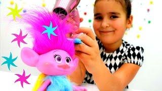 Открываем салон красоты для Троллей! Идеи для кукол - Мультики для девочек