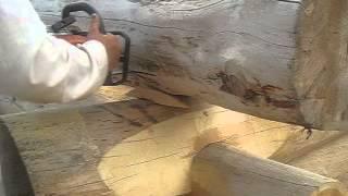 Подсадка бревна для черчения. Канадская рубка.(Срубы из Псковской области: Канадка ( Канадская чаша). http://domlafet.ru Russia log cabin, Russia log house Canadian hand-crafted log cabin., 2013-07-18T14:53:47.000Z)