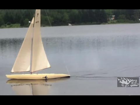RB's RC's: Cup Yacht 1 metre, Fast Remote Control Sailboat