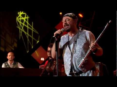 Jethro Tull - With You There to Help Me (Live à Montreux 2003)
