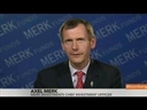 Axel Merk Says He's Selling Euro on ECB's `Dovish' Turn