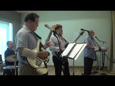 5 Star Band covers SWAY by Dean Martin cover performed by The 5 Star Band