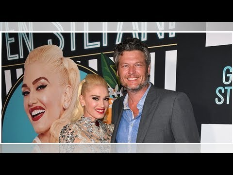 Watch Blake Shelton Serenade Gwen Stefani With The Song 'Turnin' Me On'
