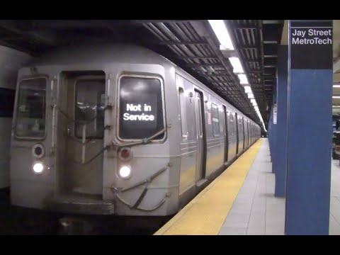 ᴴᴰ Not In Service R68 4 Car Set Passing Jay Street-MetroTech