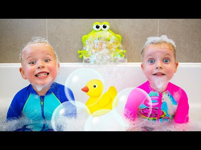 Bath Song Nursery Rhymes song for Kids from Gaby and Alex
