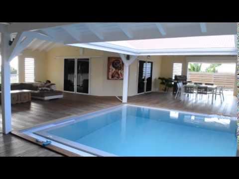 Villa architecte le moule f4 300m2 piscine youtube for Plan maison 300m2