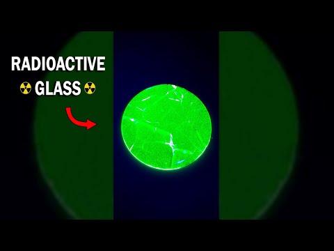 This is radioactive uranium glass