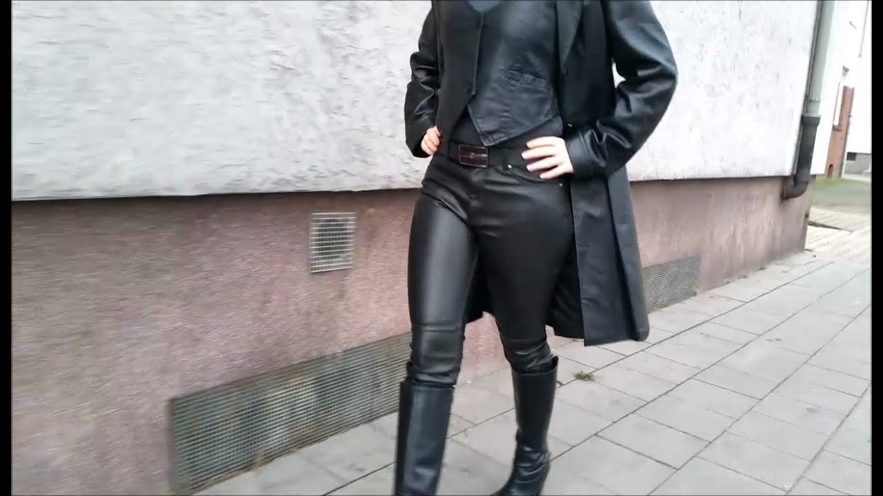 Tamara 9 - Lady in leather coat and leather pants