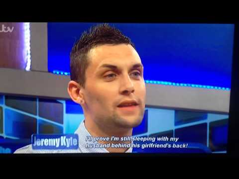 MAN ATTACKS JEREMY KYLE AND GETS THROWN OFF STAGE  2014