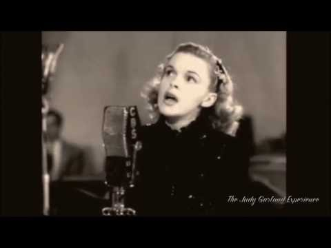 JUDY GARLAND at 21 singing OVER THE RAINBOW remastered audio