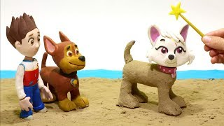 Paw Patrol Chase and Ryder in the Sand 😃 Superhero Babies Stop Motion videos for children