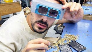 JOYAS MILLONARIAS Trabajando en una fábrica de oro y diamantes